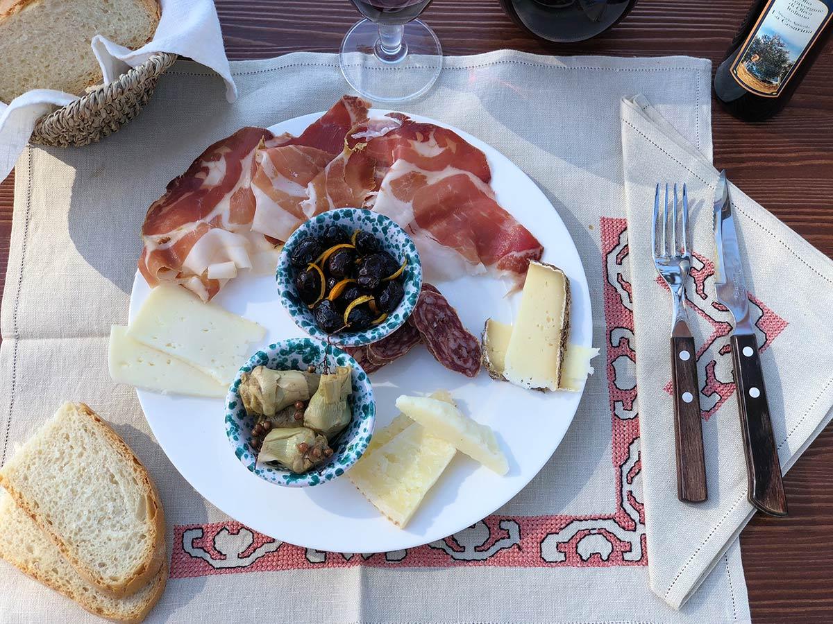 Agriristoro La Cesarina Castagneto Carducci - Cucina aperta tutto il giorno